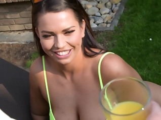 facial big tits brunette