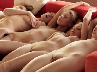 hd blonde group sex