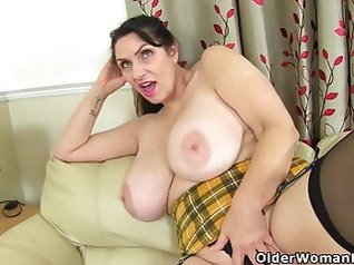 milf mature big boobs