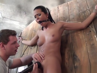 fetish bdsm brunette